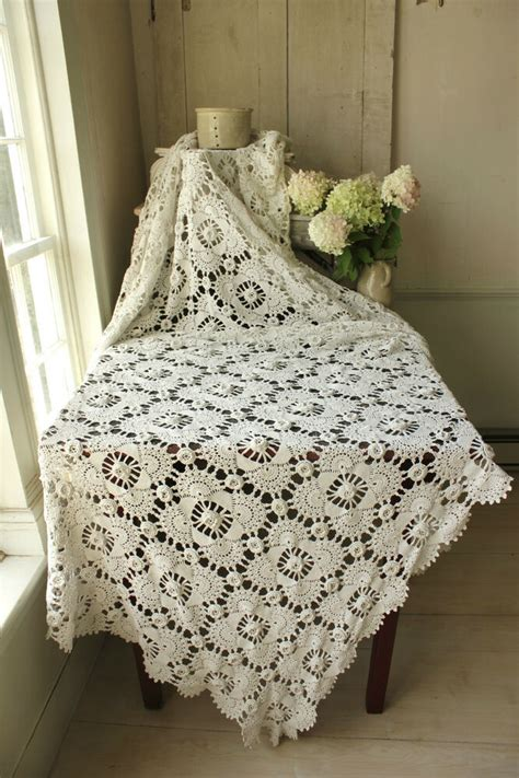 Lace Coverlet Bedding by Vintage Crochet Bed Cover Coverlet Bedspread Lace