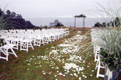 Gorgeous Oregon Coast Wedding Ceremony