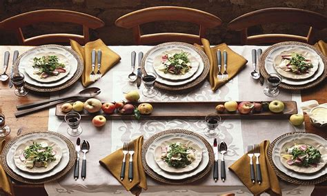 Table For Dinner Room by Casual Dining Room Fall Dinner Table Setting Ideas