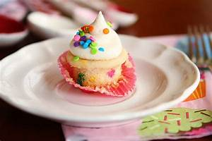 Mini Funfetti Cupcakes with Sprinkles Kevin & Amanda