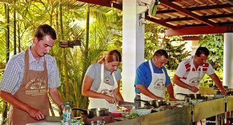 cours de cuisine chiang mai cours de cuisine thaï à chiang mai réservations