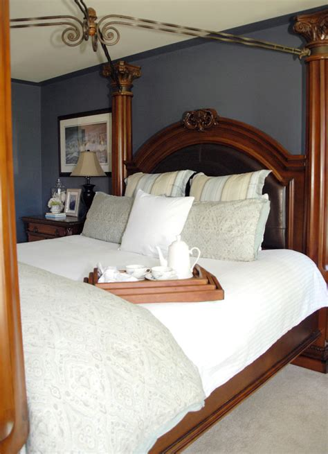 why is it called a master bedroom 5 dos and don ts of master bedroom decorating living rich on lessliving rich on less