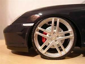 Jantes Porsche 996 : porsche 996 cabriolet miniature noire jantes f430 maisto 1 18 voiture ~ Gottalentnigeria.com Avis de Voitures