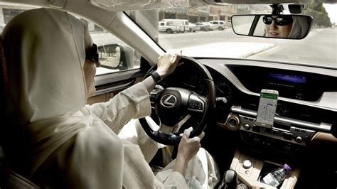 Women Taxi Drivers Take The Roads