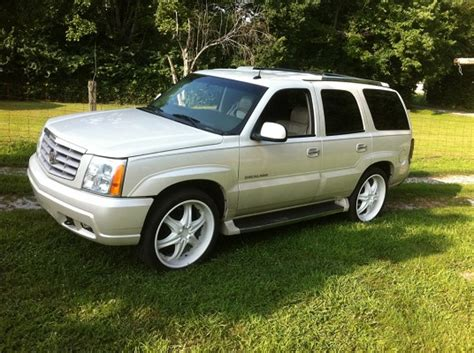 2002 Cadillac Escalade Problems by 2002 Cadillac Escalade 17 500 100390968 Custom Sport