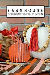 Corrugated, Metal, Pumpkin