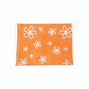 tapis decoratif et colore pour enfants motifs fleurs par With tapis chambre bébé avec livraison fleurs lendemain