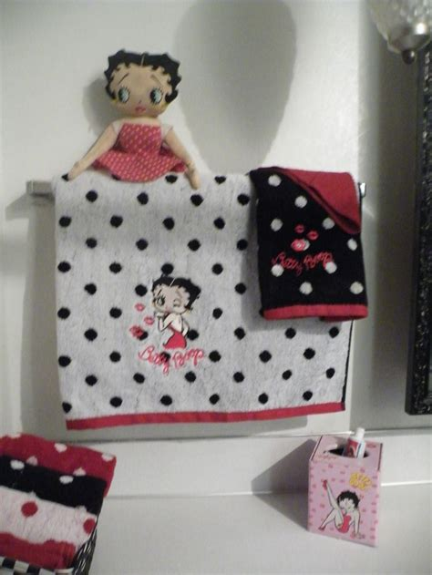 Betty Boop Bathroom Accessories by 17 Best Images About Betty Boop On