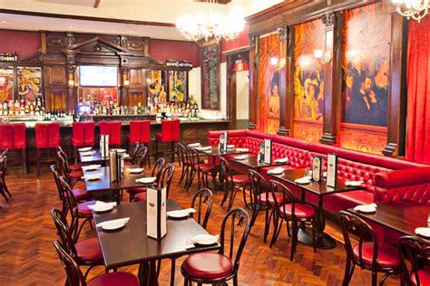 pub cuisine pub and bar decoration ideas discover some ideas