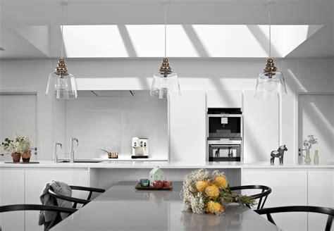 Come Illuminare Una Mansarda by Finestre Sul Tetto Per Illuminare La Cucina Mansarda It