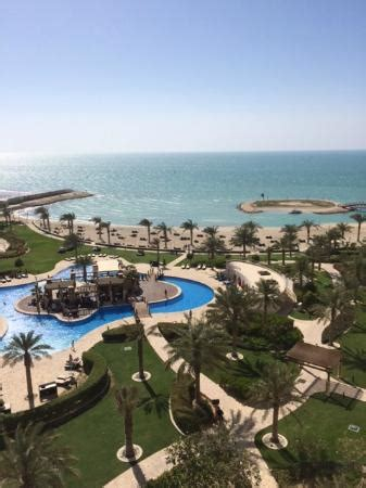 Hotel swimming pool and beach - Picture of Sofitel Bahrain ...