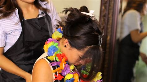 How To Wear Flowers In Hair In Hawaii