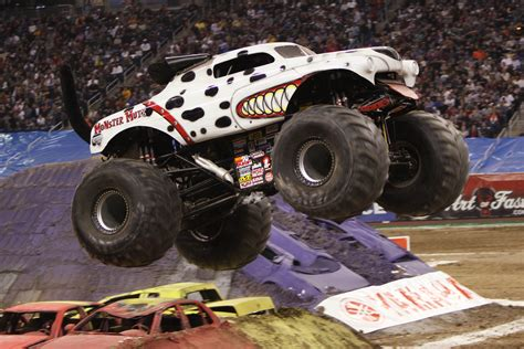 dallas monster truck show ended advance auto parts monster jam is coming to dallas