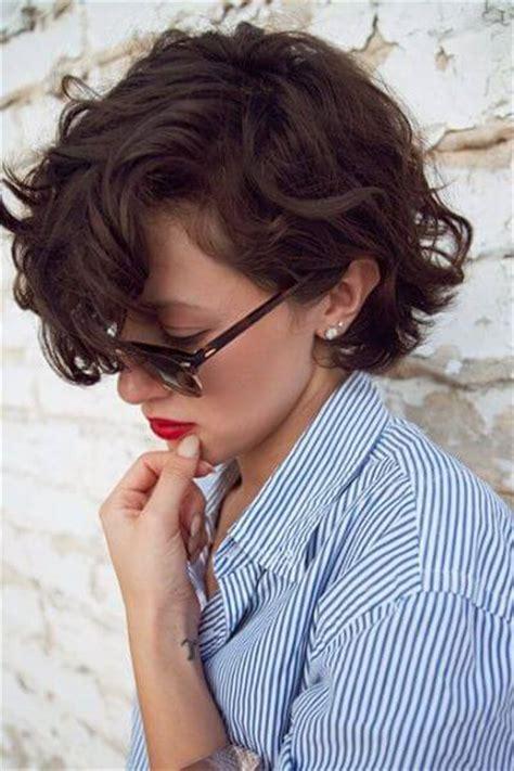 irresistible short wavy hairstyles hair motive hair