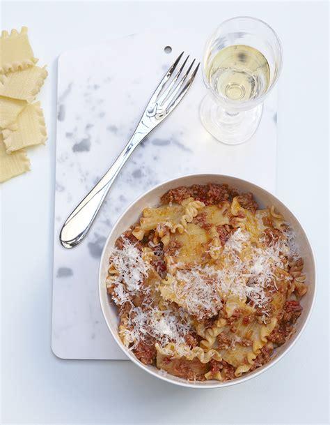 cuisine minute pâtes à la bolognaise minute pour 4 personnes recettes