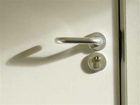 changer une poign 233 e de porte maisonapart
