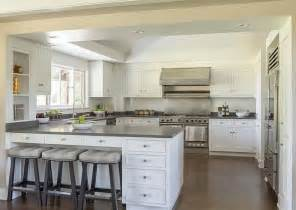 Peninsula Island Kitchen Best 25 Kitchen Peninsula Ideas On Kitchen Peninsula And Island Kitchen Bars And
