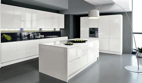 cuisine design avec ilot central cuisine ilot central design 5 lzzy co