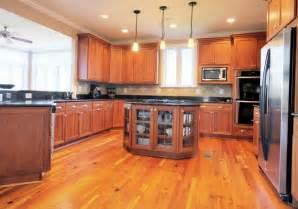 cottage kitchen backsplash ideas 52 enticing kitchens with light and honey wood floors