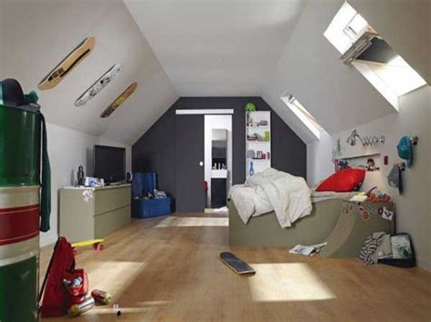 deco cuisine grise et peinture chambre ado sous pente couleurs blanche et grise