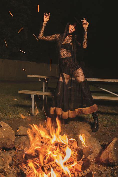 season   witch  inez vinoodh   magazine