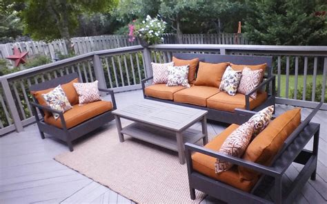 Backyard Patio Furniture by White Outdoor Patio Furniture Diy Projects