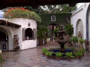 hacienda courtyards photo gallery 1000 images about mexican haciendas and decors on