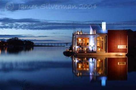 luxury floating homes  nackros villa