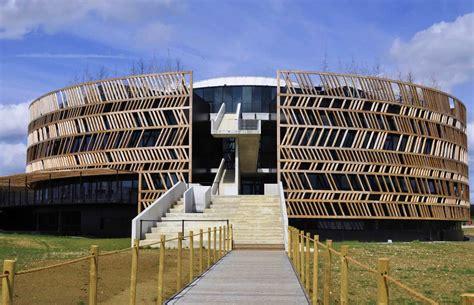 siege d alesia muséoparc alésia by bernard tschumi architects