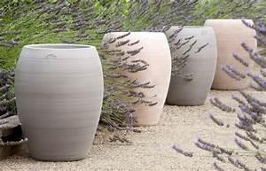 Pot En Terre Cuite Pas Cher : jarre contemporaine en terre cuite pot de jardin ~ Dailycaller-alerts.com Idées de Décoration