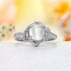 Moonstone Jewelry Offers You Fashionable Look & Healing ...