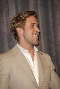"Ryan Gosling Photos Photos - ""Ides Of March"" Premiere ..."