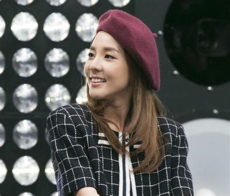 Sandara park on wn network delivers the latest videos and editable pages for news & events, including entertainment, music, sports, science and more, sign up and share your playlists. Sandara Park Surprises Everyone When She Reveals How 2NE1 ...