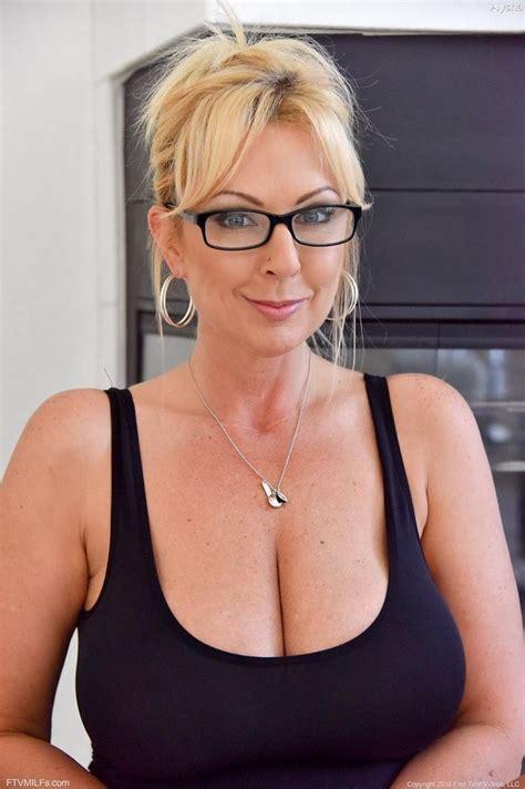 Blonde Milf Amateur Glasses