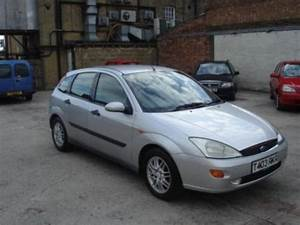 Ford Focus 2 0 1999 Technical Specifications