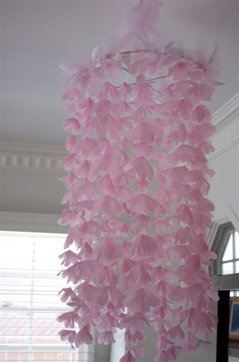 cutest diy baby shower decorations   shelterness