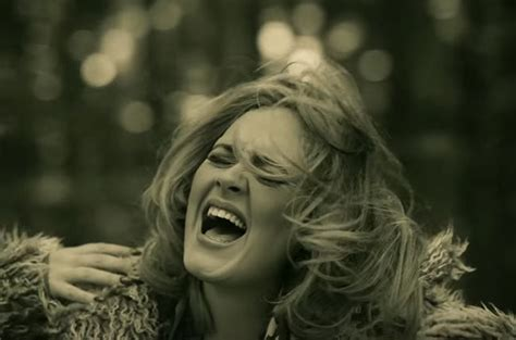 Adele's 'hello' Tops Hot 100 For Second Week; Ariana