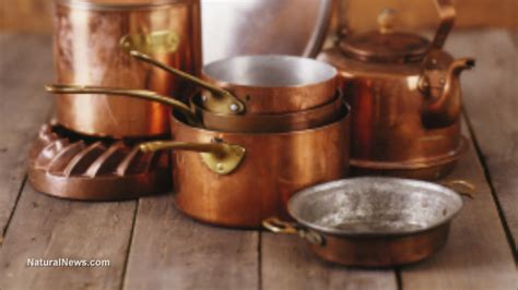 common cookware items   poison  food naturalnewscom