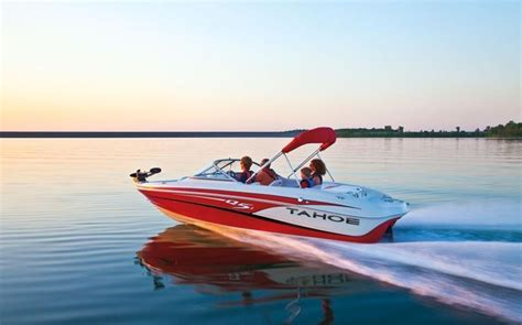 Tahoe Boat Graphics by 2013 Tahoe Q5i Sf Tests News Photos And