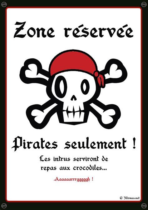theme chambre garcon accessoires et deguisements a imprimer fete theme pirate