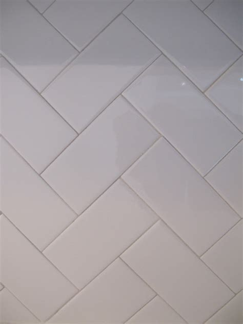white herringbone tile 1000 images about our kitchen on pinterest herringbone benjamin moore and marbles