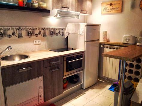 am駭agement cuisine petit espace petits espaces des armoires de cuisine moderne
