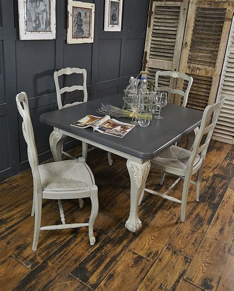 ball  claw foot dining table french straw seat