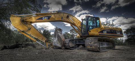 find  efficient excavator   business truck trailer blog