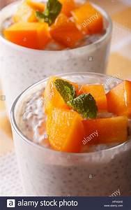 Joghurt Mit Chia : yogurt stockfotos yogurt bilder alamy ~ Watch28wear.com Haus und Dekorationen