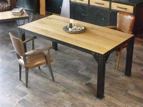 table cuisine style industriel table de repas bois et métal pour un style industriel