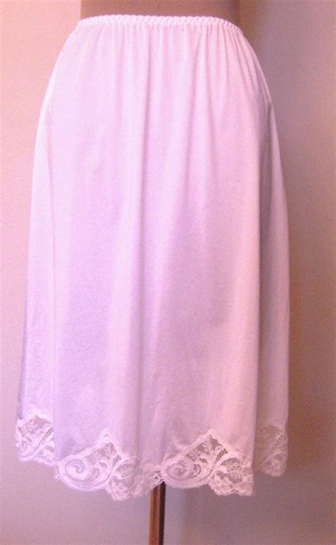 olga white half slip with lace at the bottom beca s