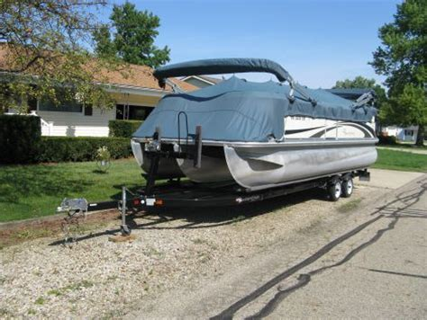Pontoon Boats For Sale In Ohio by Used Pontoon Boats For Sale In Ohio Lookup Beforebuying