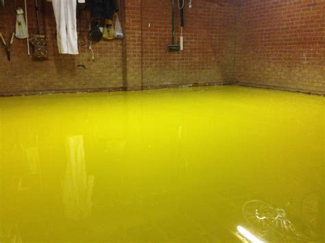 Domestic garages epoxy resin flooring   ACL Industrial