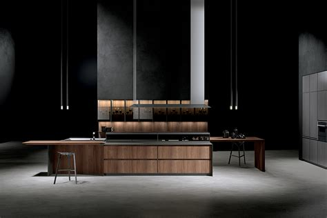 If you're a big cook, you need to make sure that you have the kind of kitchen that is easy to cook in. THE HISTORY OF ITALIAN KITCHEN DESIGN | Premium Kitchens